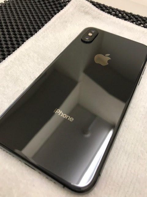 iPhoneXSの背面